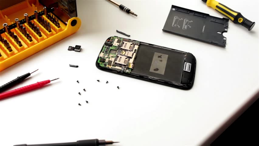Cellular Phone Repair Centers