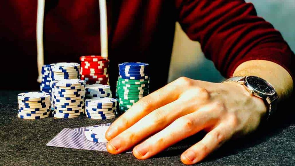 Online Poker Is Simple Nowadays - With Thrill Poker - Gambling