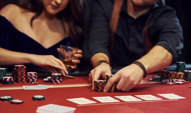 How To Read Your Opponent At An Online Poker Table - Online Gaming