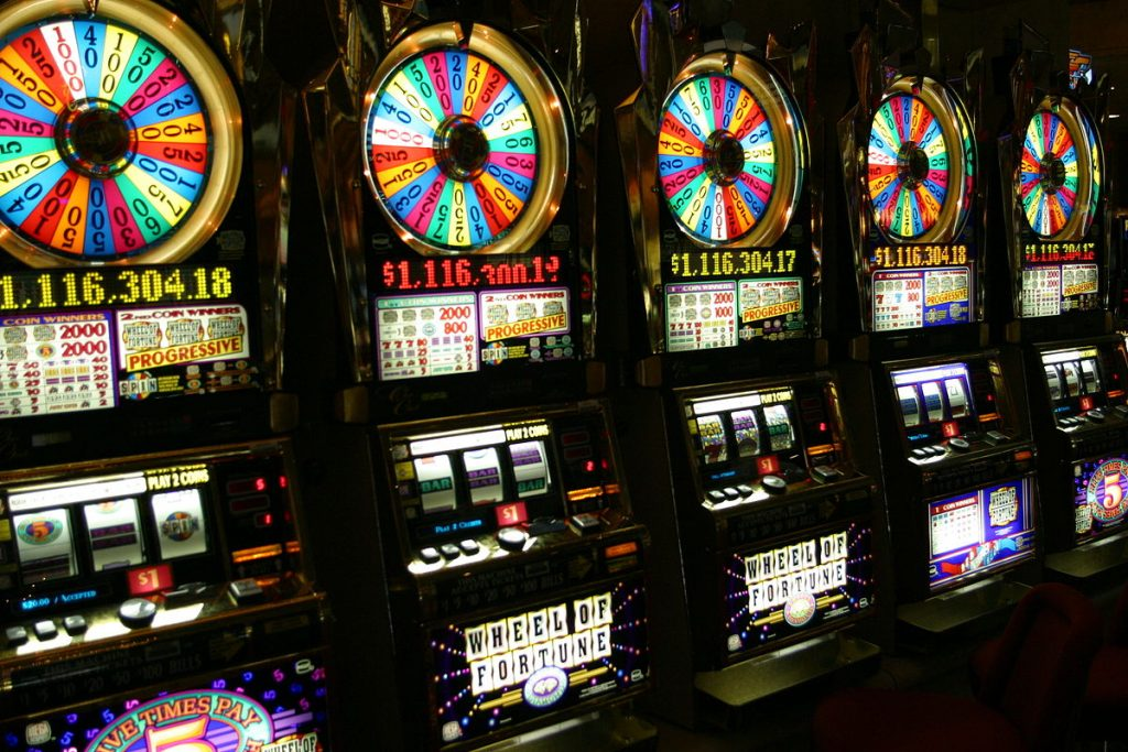 Eight Strong Reasons To Avoid Casino