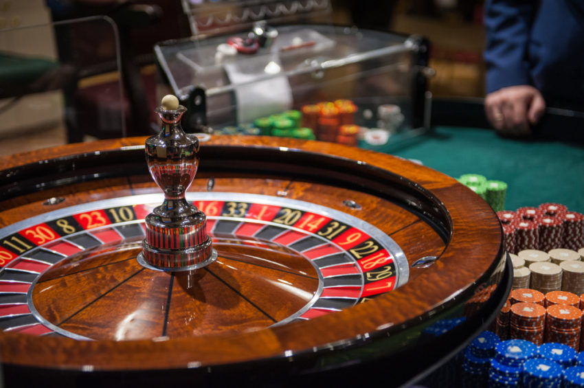 Ten Effective Ways To Get More Out Of Gambling